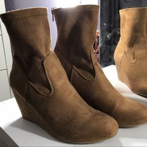 Chinese Laundry Brown Ankle Booties